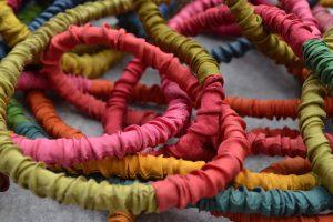 Seidenarmbänder-bunt